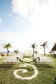 Romantic beach wedding ceremony: http://www.stylemepretty.com/destination-weddings/2016/03/02/romantic-bali-wedding/ | Photography: Imaj Gallery - http://www.imajgallery.com/