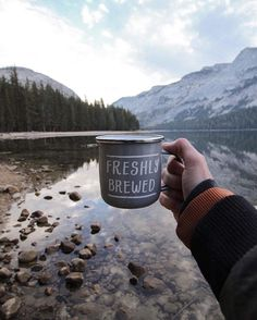 Freshly Brewed   : @taranmyatt #GetCoffeeBeHappy #HandsWithCoffeeCups