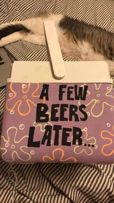 Bottom of cooler idea Sorority Canvas, Sorority Paddles, Sorority Recruitment, Diy Cooler, Beer Cooler, Fraternity Coolers, Frat Coolers, Formal Cooler Ideas, Drinking Games For Parties