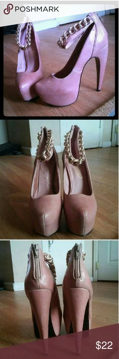 "Bucka Privileged​ Pale Pink Pumps Pale pink pumps * Size 8* Brand Bucka Privileged * Zip up the back * Heel is 6"" * Chain ankle strap * Some wear as pictured * Offers accepted! Privileged Shoes Heels"