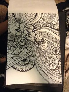 So out came the sharpies!=) drawings by shelby lorimer my drawi Tangle Doodle, Doodles Zentangles, Zen Doodle, Zentangle Patterns, Zentangle Drawings, Doodle Art, Doodle Patterns, Art Drawings, Sharpie Drawings