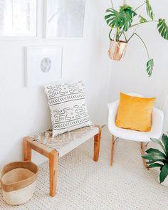 Plucky formulated bohemian home decor ideas click this Sisal, Bohemian Furniture, Bohemian Decor, Modern Bohemian, Estilo Boho, Velvet Pillows, Borneo, Home Decor Inspiration, Decor Ideas
