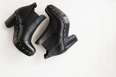 Pedro García style: Karen / chelsea clog boot in black cervo I Autumn Winter 2016/17