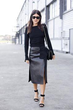 #fashion #streetstyle #leather #black #skirt #moda #calle #estilo #cuero #negro #falda