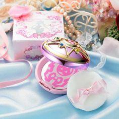 Sailor Moon powder case #SailorMoon