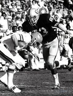 Ted Hendricks, Oakland Raiders