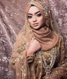 New Bridal Hijab Designs For Your Wedding Day-Muslim Tour Travel