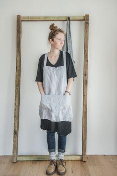 Short square cross linen apron/japanese style door notPERFECTLINEN
