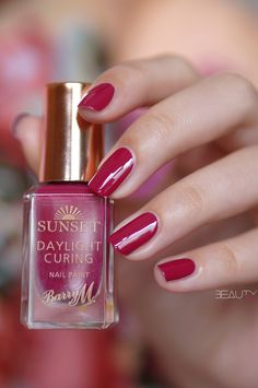 Barry M Sunset Daylight Curing nagellak swatches Barry M, Shades Of Red, My Nails, Swatch, The Cure, Perfume Bottles, Nail Polish, Sunset, Collection