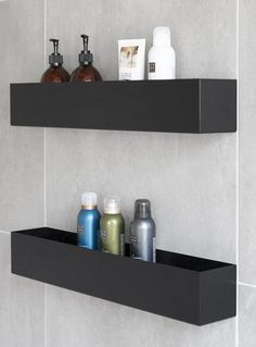 Home Deco Furniture, Bathroom Furniture Design, Bathroom Mirror Design, Bathroom Design Luxury, Bathroom Hardware, Bathroom Layout, Porta Shampoo, Shower Shelves, Bathroom Organisation