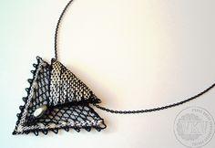 Souprava | Vamberecká krajka Needle Lace, Bobbin Lace, Lacemaking, Lace Jewelry, Design Projects, Knitting, Crafts, Diy, Inspiration