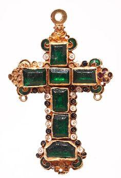 A gold cross rich in emeralds, Columbia S.A, ca 1610