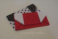 d'incanto atelier... carteira sem divisões Playing Cards, Origami Wallet, Fabric Origami, Sacks, Bags, Atelier, Playing Card Games, Game Cards, Playing Card