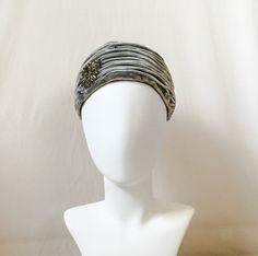 Vintage 1960s Grey Velvet Turban Hat with Grey Rhinestones // vintage 60s gray velvet turban hat with gray rhinestones by Makoff and Chanda
