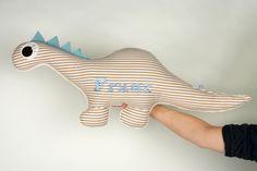Kuscheltiere - Dinosaurierkissen,90 cm ,kissen dino,dinokissen - ein Designerstück von bellaundgretel bei DaWanda
