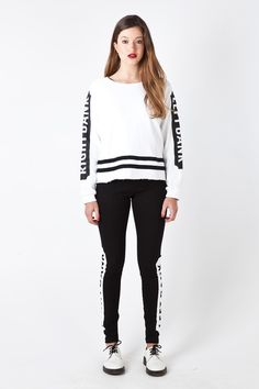 TWO BANKS Sweater in White Graphic Sweatshirt, Sweatshirts, Banks, French Toast, Sweaters, Jackets, Fashion, Down Jackets, Moda