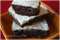 These Clean Eating Fudge Brownies are unbelievably delish!  #cleaneating #brownies #dessert