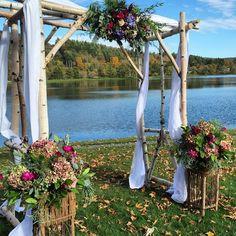 #quecheewedding #quecheeclub #Petals #petalsfloraldesignvt #petalsfloraldesign #vermontflowers #vermontwedding #vermontweddings