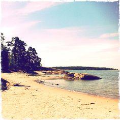 Beach, Pihlajasaari, Finland. I simply love it. Home of my soul, or something like that.