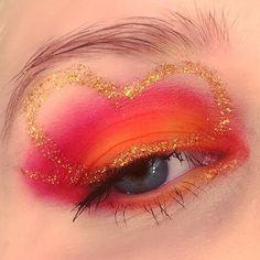 Bruning heart 🔥🔥🔥❤❤❤ #makeupmekka #makeup #makeupaddict #eyeshadow #mua #eyes #beauty #burningheartpalette #sugarpill @sugarpill #valentines