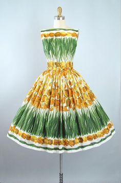 Vintage 50s TULIP Dress / 1950s Cotton Sundress Novelty BORDER