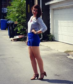 Easy #outfit idea. High waisted shorts for the win!