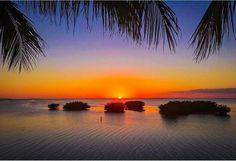 Islamarada sunset Sunset Quotes Beautiful, Beautiful Beach Sunset, Best Sunset, Mountain Sunset, Sunset Sky, Beach Sunset Photography, Drawing Sunset, Sunset Pictures, Sunset Pics