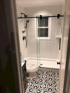 Small bathroom remodeling 658440408002758268 - Master Bathroom Remodel : Designs, Tips, & Details Source by Ideas Baños, Decor Ideas, Tile Ideas, Bathroom Design Small, Bath Design, Small Bathroom Remodeling, Simple Bathroom, Bathroom Modern, Decorating Bathrooms