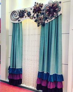 Cool Furniture, Furniture Design, Vintage Umbrella, Cornices, Bedroom Decor, Wall Decor, Home Curtains, Curtain Designs, Curtain Fabric