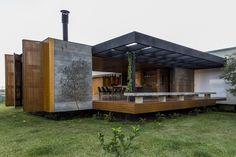 Casa MCNY  / mf+arquitetos