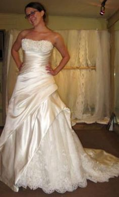La Sposa London 18: buy this dress for a fraction of the salon price on PreOwnedWeddingDresses.com