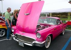 1957 Ford Thunderbird - pink pearl