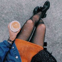 Trendy skirt outfits with tights street styles ideas Leggings Outfit Winter, Legging Outfits, Winter Tights, Skirt Outfits, Tights Outfit, Looks Street Style, Looks Style, Mode Outfits, Fashion Outfits