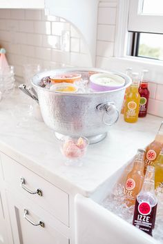 Party Planning: How to Create the Sweetest Ice Cream Float Bar, - Personal Celebration - Ice Cream Floats, French Press Coffee Maker, Cold Brew Coffee Maker, Real Coffee, Ice Cream Social, Grilling Gifts, Ice Cream Party, Food Videos, Party Planning