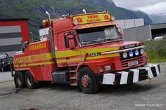 SCANIA  143H - VIKING  TOW