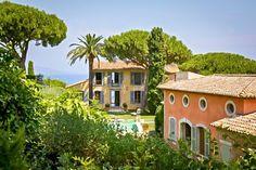 Maison incroyable dans le parc de Saint Tropez - vue sur mer