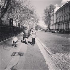 Walking to Regents Park  #london #thisislondon #londonpop #london_only #londoner #love #like #city #pretty #beautiful #england #british #uk #unitedkingdom #travel #explore #amazing #sun #life #travelling #cool #awesome #happy #nice #photography #photo #loveit #nature #instaphoto #me by momodiab