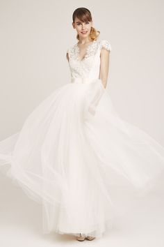 Lovely tulle skirt and crep lace top ♥ Tulle, Bride, Wedding Dresses, Lace, Skirts, Inspiration, Collection, Tops, Fashion
