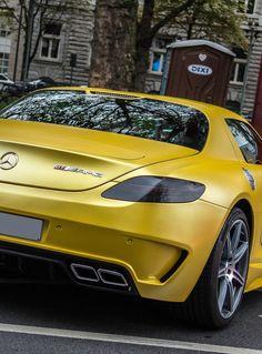Mercedes SLS - Yellow Car