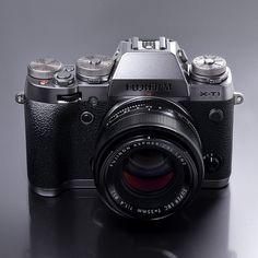 FUJIFUILM X-T1 Graphite Silver Edition | http://fujifilm.jp/personal/digitalcamera/x/fujifilm_x_t1/features/page_06.html