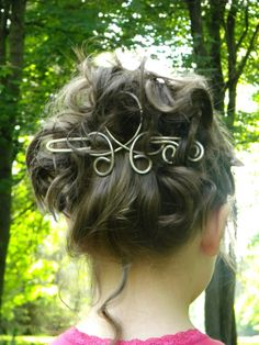 Hey, I found this really awesome Etsy listing at https://www.etsy.com/listing/151901258/hair-stick-hair-clip-silver-hair-clip