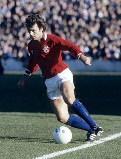 Davie Cooper of Rangers in Rangers Football, Rangers Fc, Football Boots, Orange Order, Football Images, Retro Football, Classic Image, Soccer Players, Glasgow