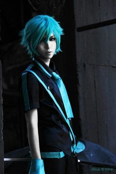 Vocaloid Miku hatsune genderbend >> Technically this is a cosplay and thus belongs to the fandom board, but hell if this hair isn't glorious Miku Cosplay, Genderbent Cosplay, Epic Cosplay, Cute Cosplay, Amazing Cosplay, Cosplay Costumes, Cosplay Ideas, Mikuo, Cosplay Tutorial