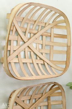 Learn how to make this set of DIY tobacco baskets for less than $20.  |  www.andersonandgrant.com