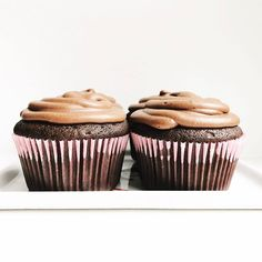 Vegan Chocolate Cupcakes via @feedfeed on https://thefeedfeed.com/kannmarks/vegan-chocolate-cupcakes