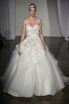 Marchesa Bridal Fall 2013 - Slideshow - Runway, Fashion Week, Reviews and Slideshows - WWD.com
