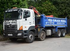 Grab Lorry Hire provides a cost effective grab lorry hire Service with an experienced driver to cater for all your waste-disposal requirements.