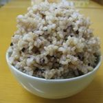 健康食工房 たかの - 料理写真:白米感覚で食べれる消化に良い玄米ご飯「無農薬発芽玄米古代米入りごはん」見やすいように大盛で写しています。
