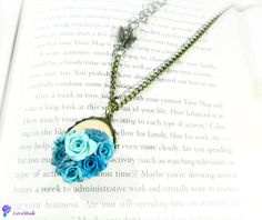 Vintage blues (20 LEI la LoveMade.breslo.ro) Handmade Flowers, Family Activities, My Images, Random Stuff, Blues, Projects To Try, Places To Visit, Cook, Nice