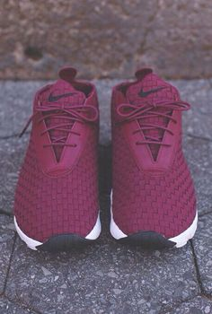 c7c49f93ff6 Absolutely need these!! OMG! Burgundy Nikes